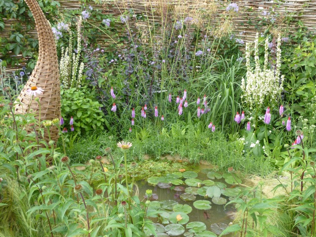 4 Small Gardens at the Hampton Court Flower Show 2010 | The Enduring Gardener
