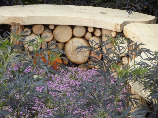 It's only natural - log bench