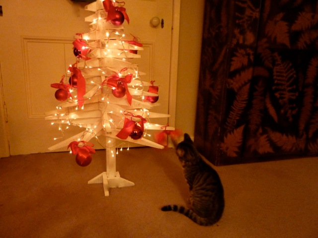 kitten-christmas-tree