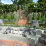 garden-stone-seating-arrangement