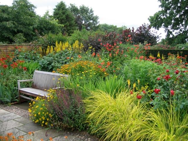 Garden borders for Garden flower borders designs