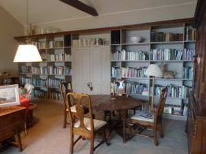 homely library of gardening books