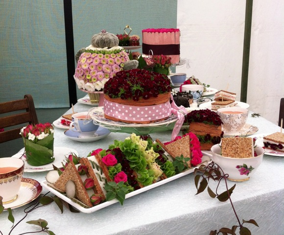 cakes made from flowers and plants