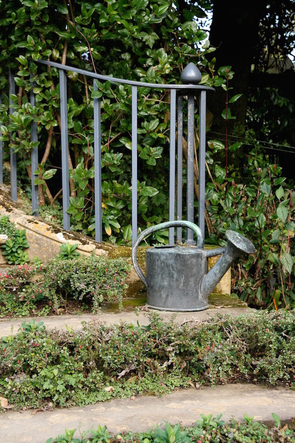 Zinc watering can, Hidcote