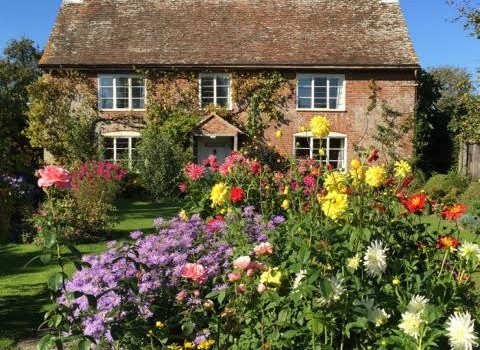 The Artless Charm of a true Cottage Garden