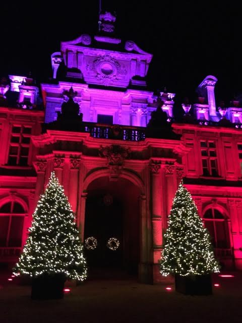 Waddesdon in red